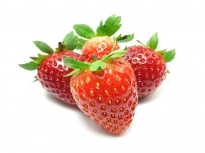 4 saftige Erdbeeren